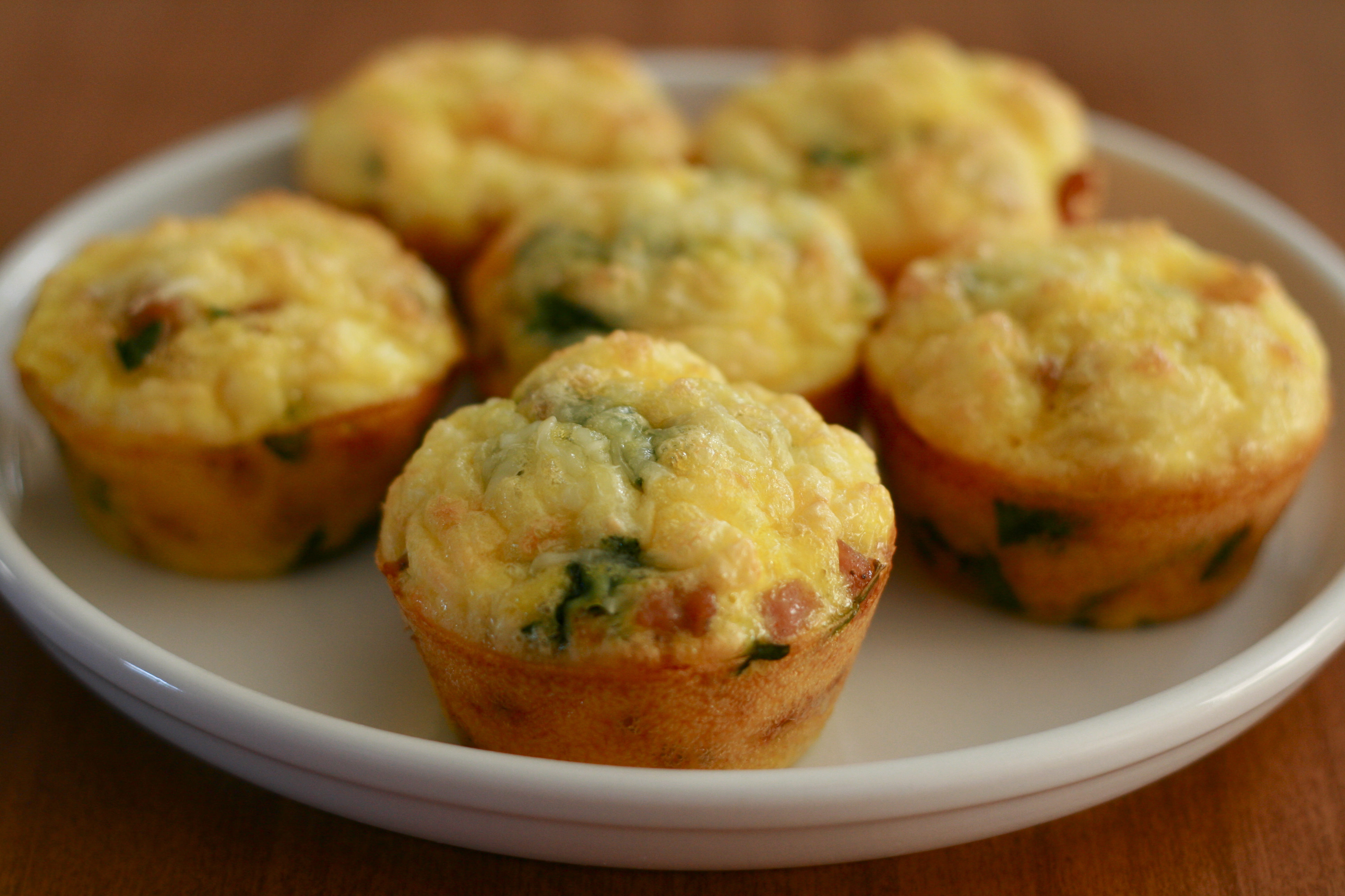 Egg cups, the quick and easy on the go breakfast option!